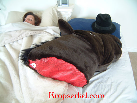 Horses head in bed horse head pillow